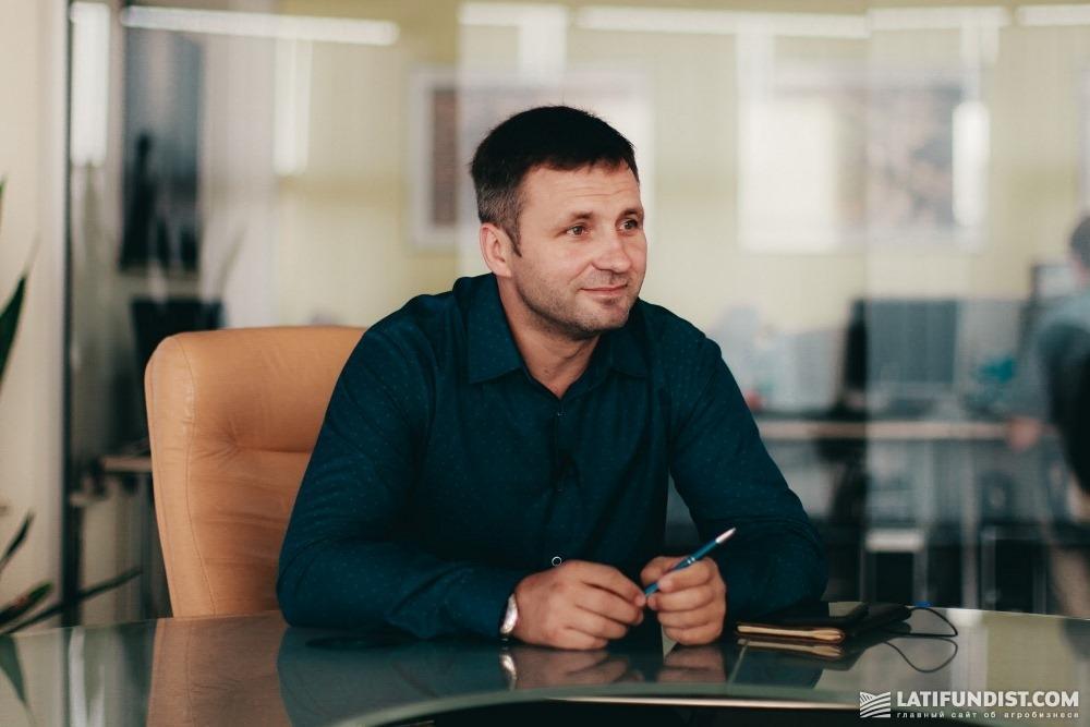 Виктор Кухарчук, директор агропромышленного департамента компании «Агротрейд»
