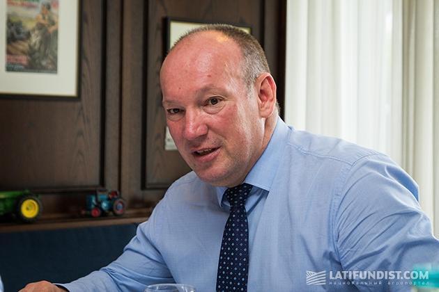 Директор по экспорту в страны СНГ компании Krone Валерий Криворук