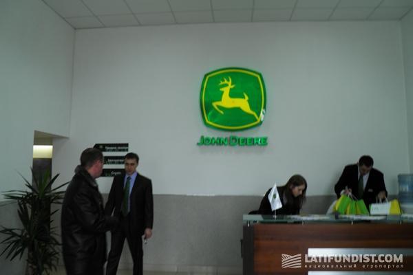 «Механик» - официальный дилер John Deere в Украине