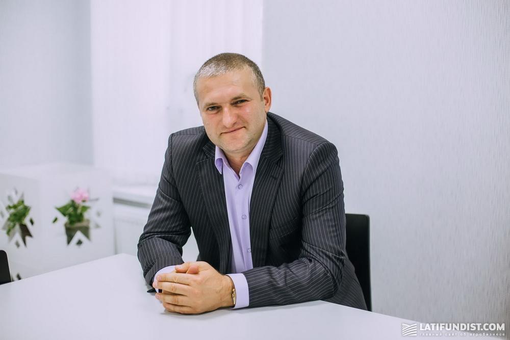 Анатолий Сичкар