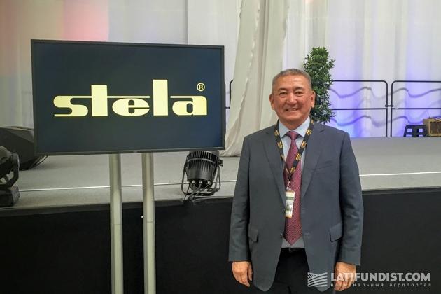 Уалихан Арипо, директор коллективного агропредприятия «Заречный»