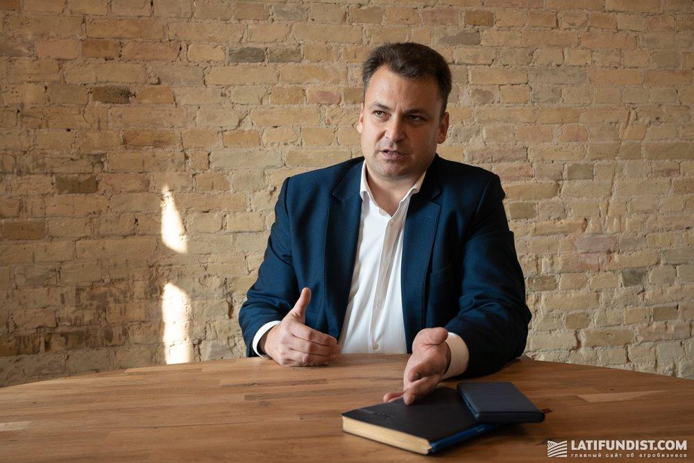 Автор материала — Алексей Кирячков, владелец, управляющий партнер по поиску управленческого персонала в агробизнесе компании «Кирячков и Партнёры»