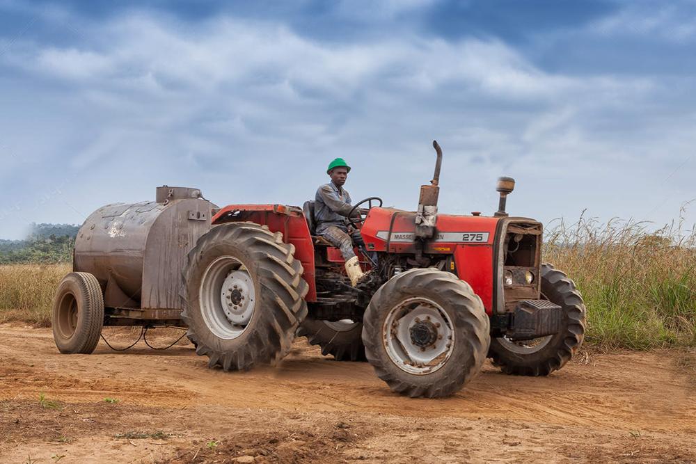 В Эфиопии земля не подлежит продаже. Но если у вас есть бизнес-план, инвестиции, то за небольшие деньги можно приобрести землю и вести бизнес