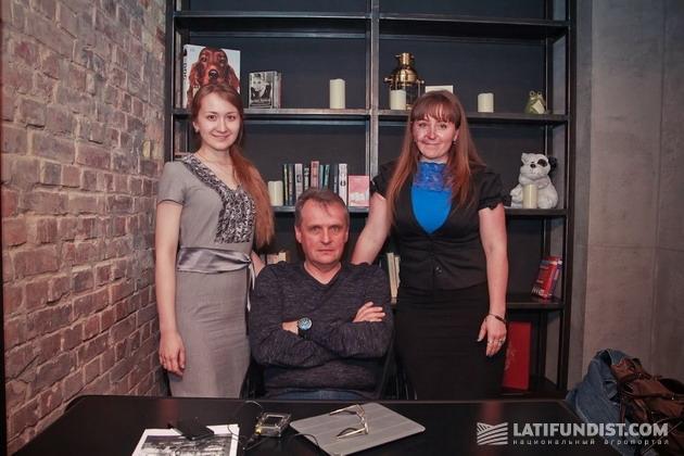 Коллектив Национального агропортала Latifundist.com поздравляет Леонида Козаченко с юбилеем и желает, чтобы следующие 60 были не менее интересными.