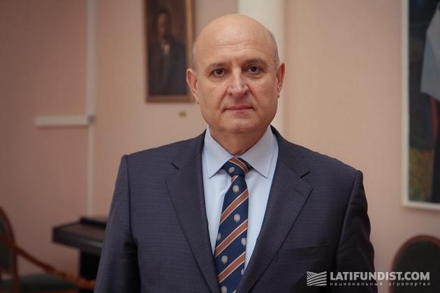 Сергей Стоянов