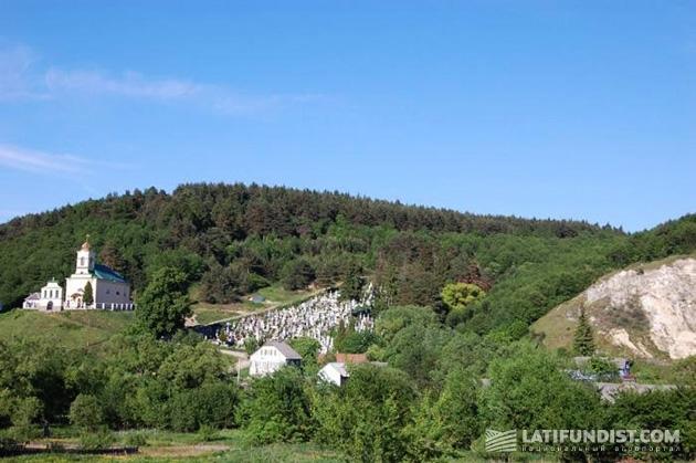 Изумительная природа и 7 старых храмов прекрасно дополнят впечатления от Стольского городища