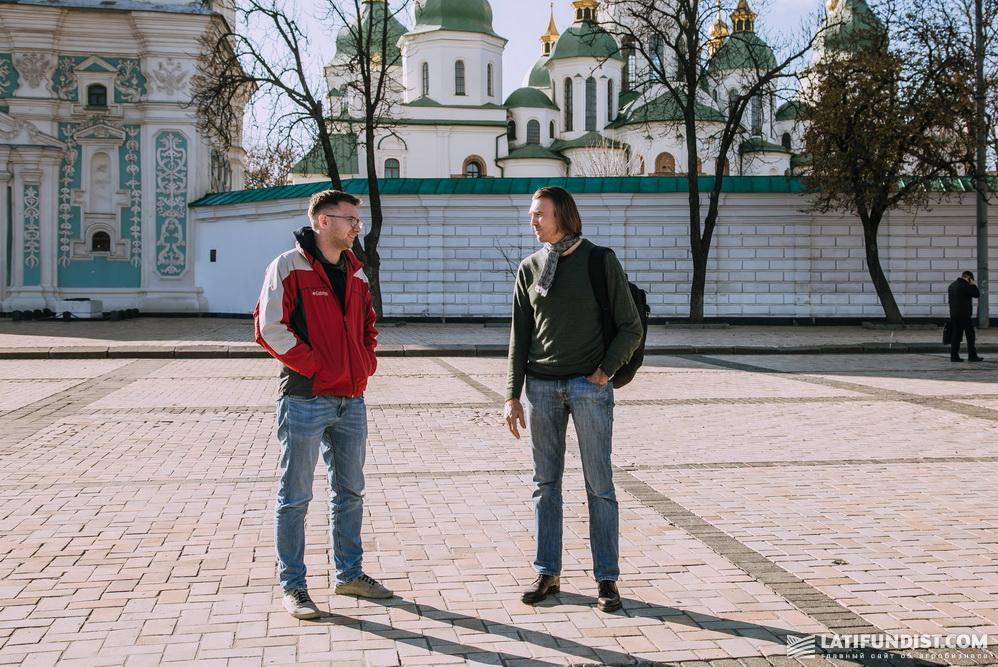 Олег Яровой на интервью