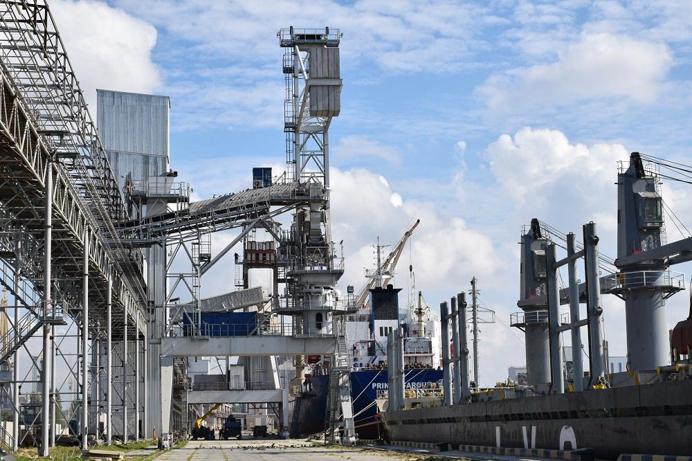 Морской специализированный порт «Ника-Тера»