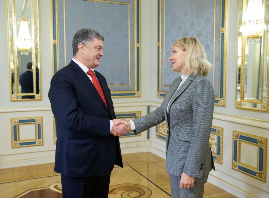 Президент Петр Порошенко с председателем наблюдательного совета Louis Dreyfus Holding B.V. Маргаритой Луи-Дрейфус