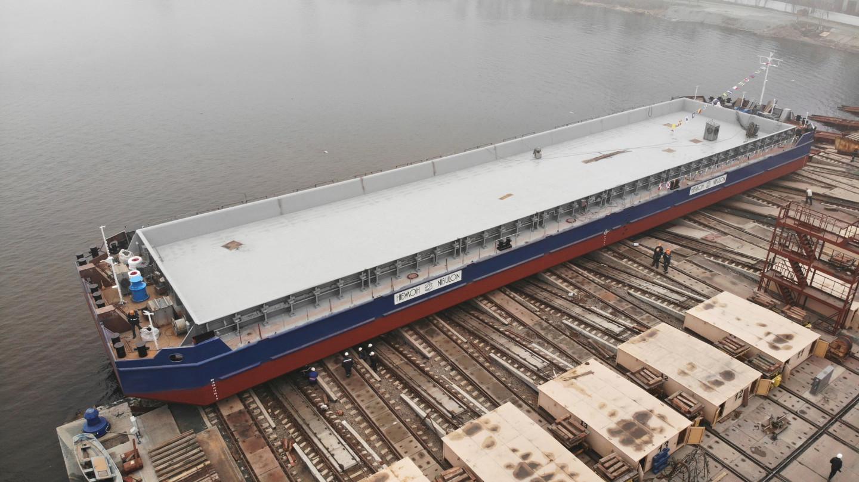 Первое несамоходное судно «НИБУЛОН» проекта В1500