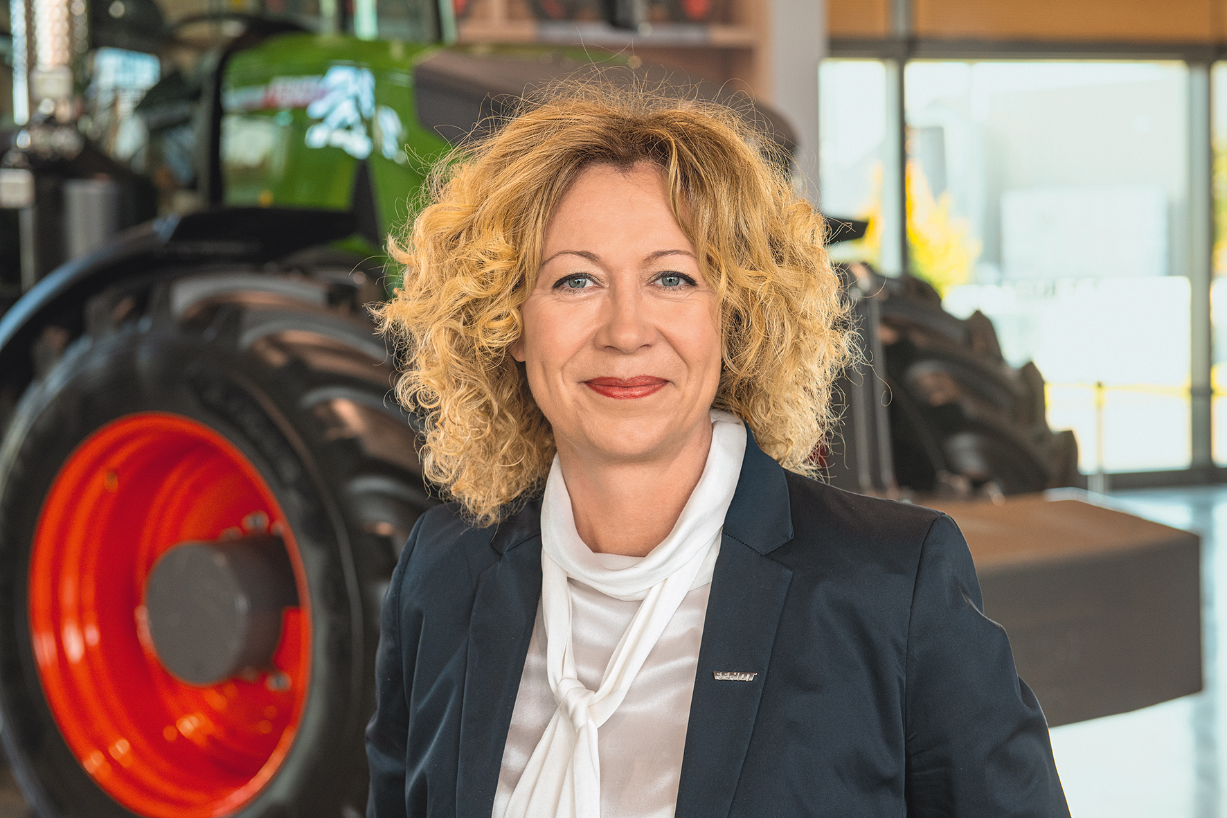 Ингрид Буссегер-Мартин, новый управляющим директор отделами финансов и информационных технологий AGCO
