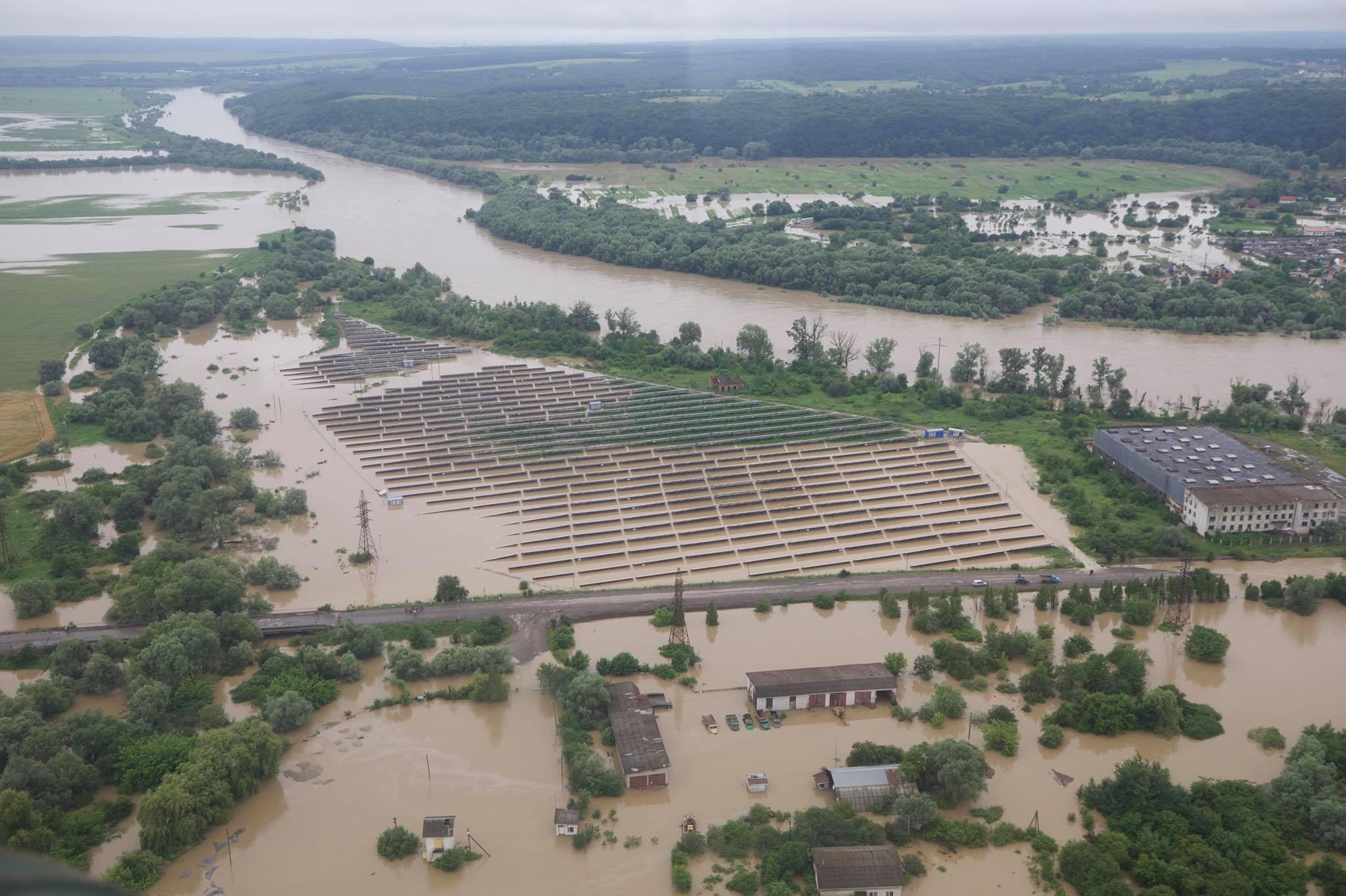 Затопленные участки на Ивано-Франковщине