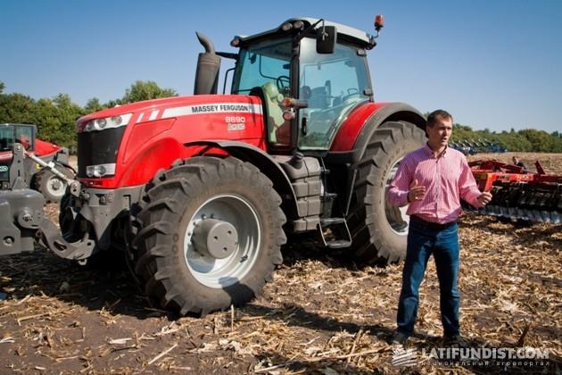 Демонстрация трактора Massey Ferguson 8690