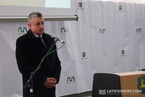 Начальник управления агропромышленного развития  в Черновицкой области Николай Олексюк