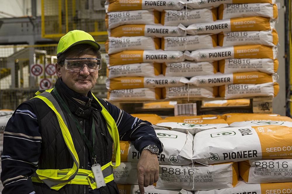 Лайош Нодь, менеджер по производству компании DuPont Pioneer в г. Сарваш