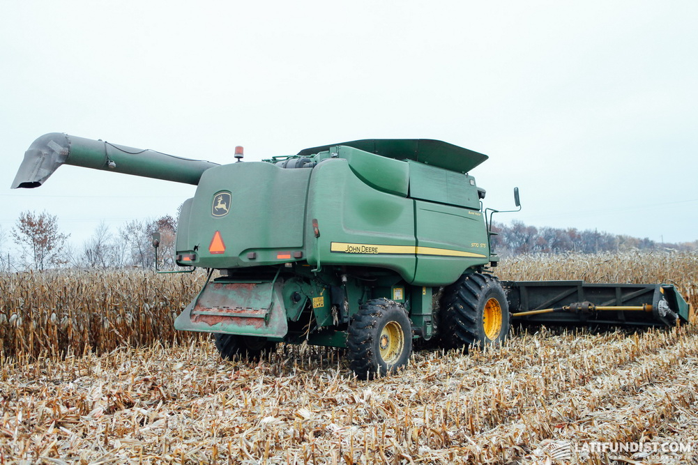 Уборка кукурузы в компании Ukrlandfarming