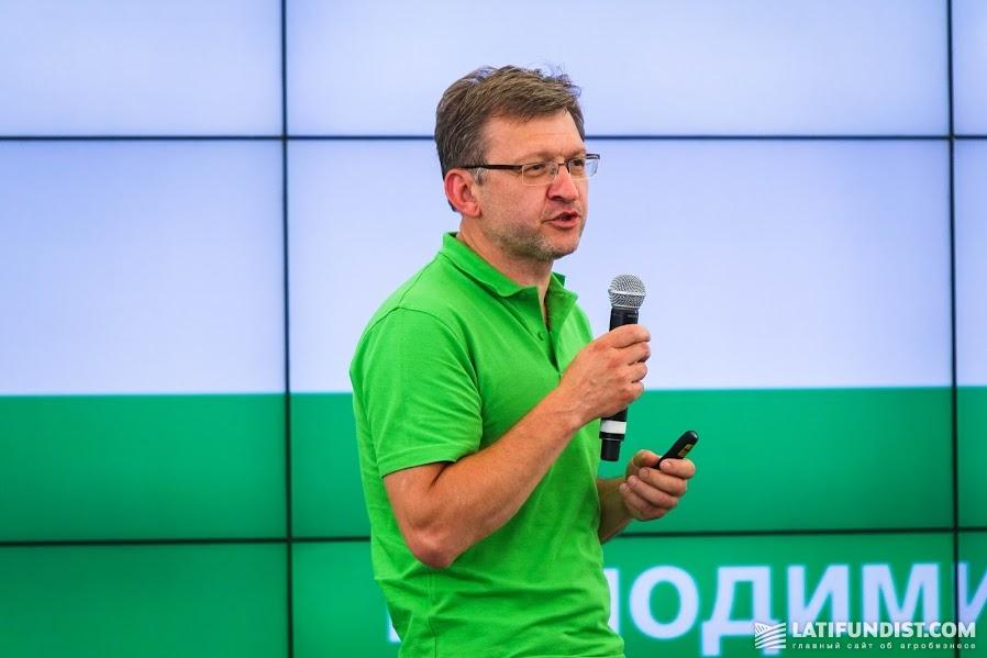 Владимир Малиновский, доктор химических наук и по совместительству партнер компании UKRAVIT из Швейцарии