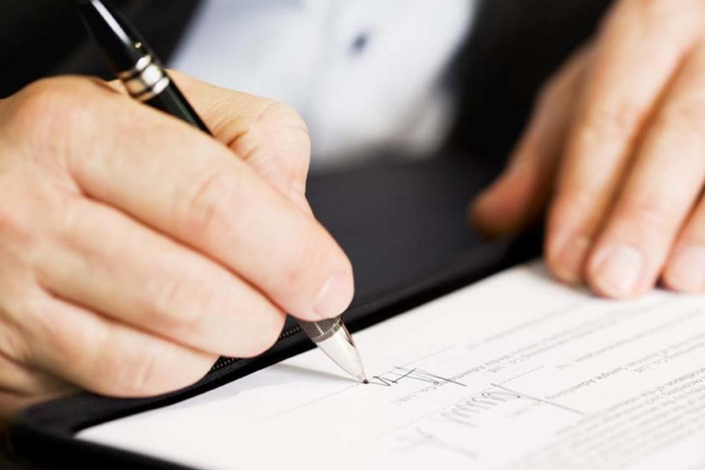 Еще на стадии заключения контракта необходимо оценить целесообразность включения положений о мирном урегулировании в арбитражную оговорку