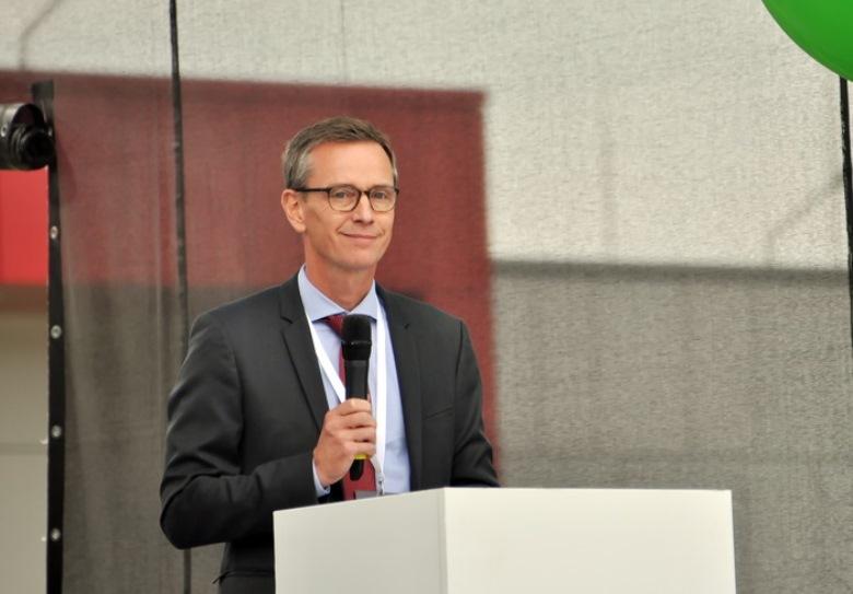 Дирк Бакгаус, вице-президент по производству и поставкам, член исполнительного комитета подразделения Crop Science компании Bayer