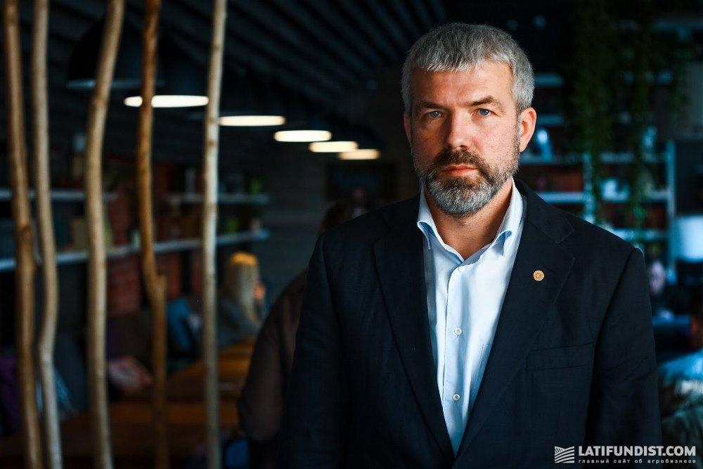 Сергей Короленко, директор департамента по управлению персоналом корпорации «Сварог Вест Груп»