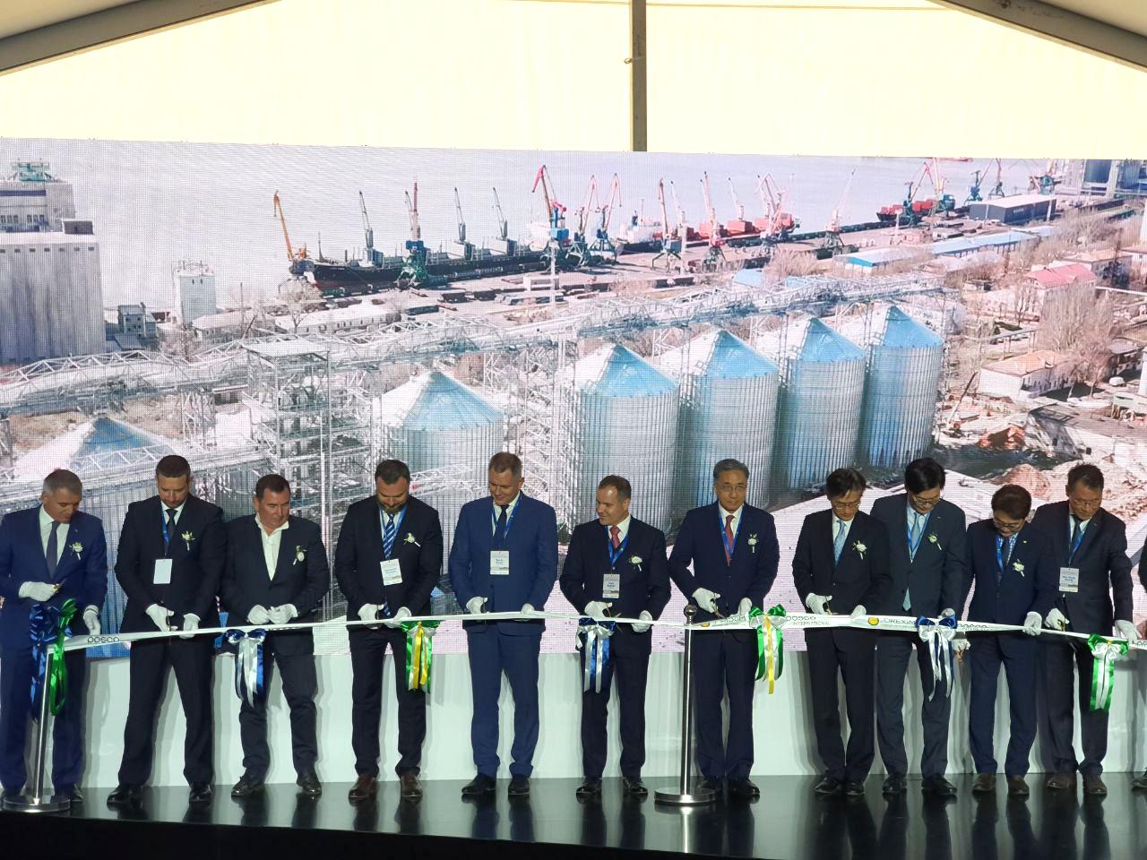 На открытии зернового терминала в Николаевском морском порту