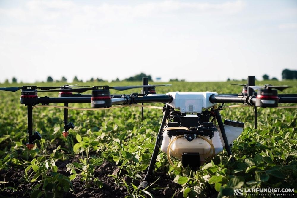 На другом конце Smart Field выделен участок сои, который будет обрабатываться дроном Agras MG-1S