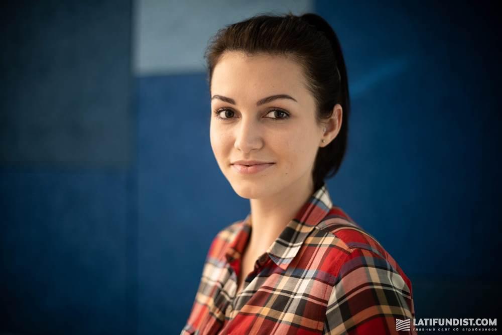 Юлия Дудник, менеджер по работе с молодыми специалистами