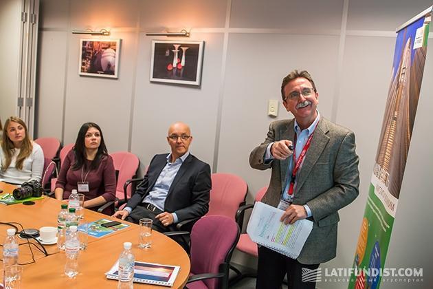 Барри Джеймс, региональный директор DuPont региона Украина, Турция, Израиль, Центральная Азия, директор DuPont Украина