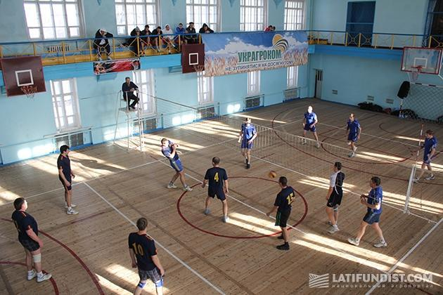 Соревнования за Кубок ООО «УкрАгроКом» по волейболу