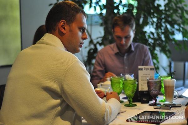 Бизнес-завтрак с Евгением Пастуховым и Мартином Рандом: Кто владеет информацией — тот владеет миром