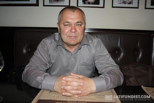Руслан Монич