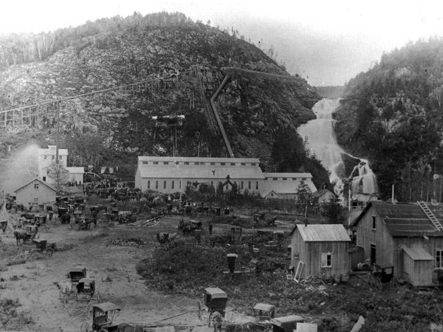 Целлюлозная фабрика, давшая недолгую жизнь Валь-Жальберу